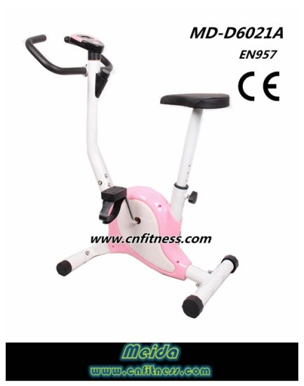 2017 Hot Sale Gym Equipment Belt Bike pictures & photos