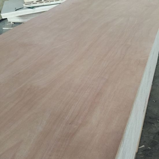 Pencil Cedar Plywood Hardwood Core Do Decoration Material pictures & photos