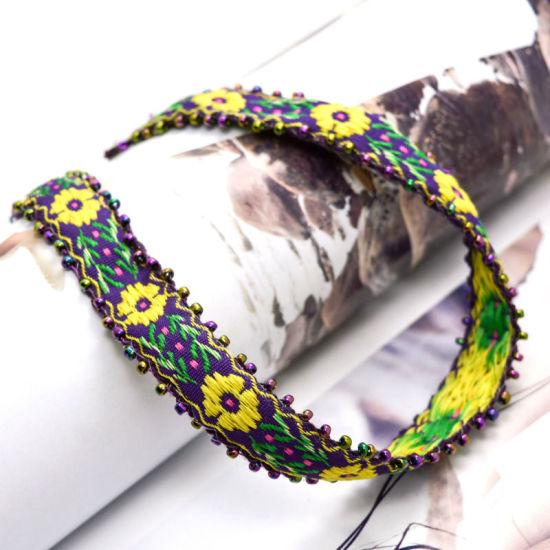 Handmade Crochet Flower Leaf Pattern Choker Necklaces pictures & photos