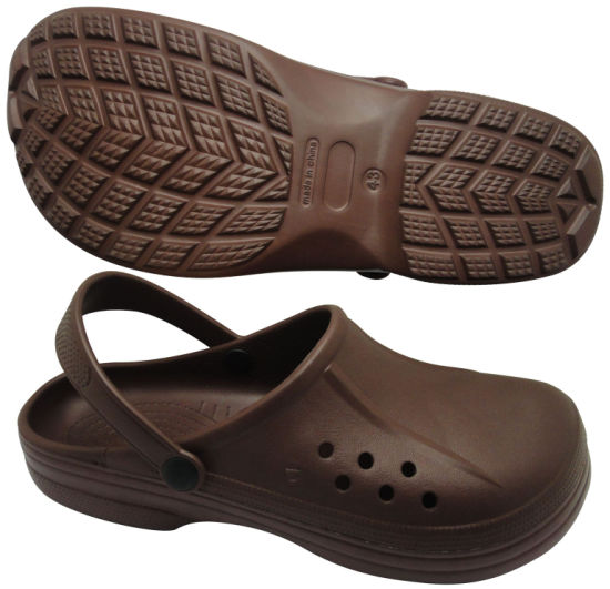 Comfortable and Cheap Fashion Men Clogs