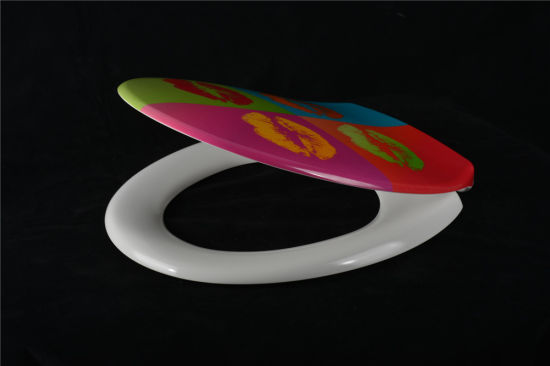 New Decorative Colorful Duroplast Toilet Seat Cover pictures & photos