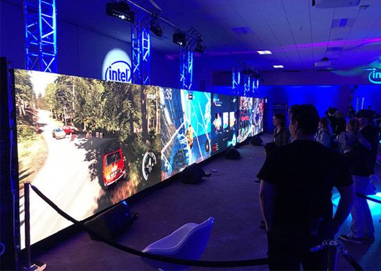 P2.6 Indoor Stage Rental LED Display Flexible Screen Optional of Curved pictures & photos