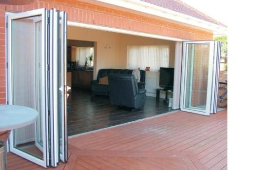 Woodwin Main Product Double Tempered Glass Thermal Break Aluminum Folding Door pictures & photos