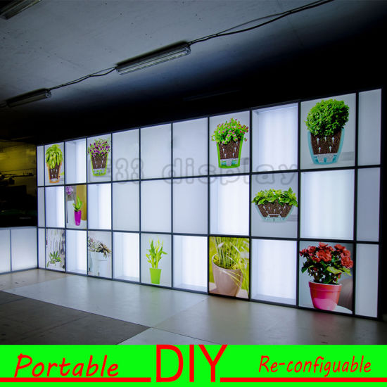 Custom Portable Modular Exhibition Display Stand with Light Box pictures & photos