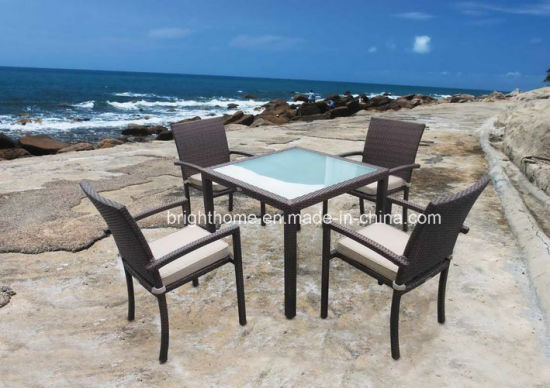 Outdoor Dining Furniture Rattan Table and Chair