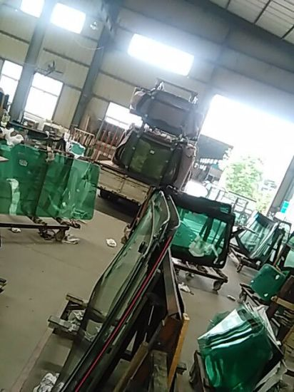 Auto Windshield Glass for Changan, Yutong Bus pictures & photos