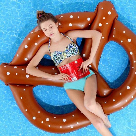 Funny Beautiful PVC or TPU Inflatable Pretzels Pool Float pictures & photos
