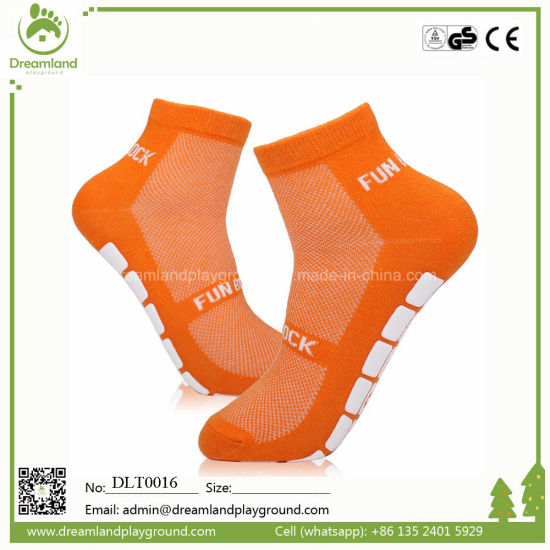 Unique Logo Design Grip Socks for Amusement Parks pictures & photos