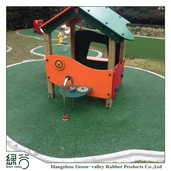 Shock Resistant Outdoor Sports Court Rubber Flooring for Gym/Stadium/Kids Playground