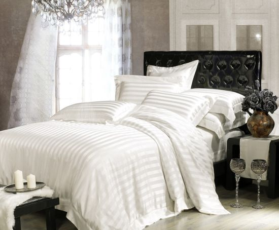 Taihu Snow Silk Simple Luxury Stripe Jacquard White High Quality  100%Mulberry Silk Bedding Set