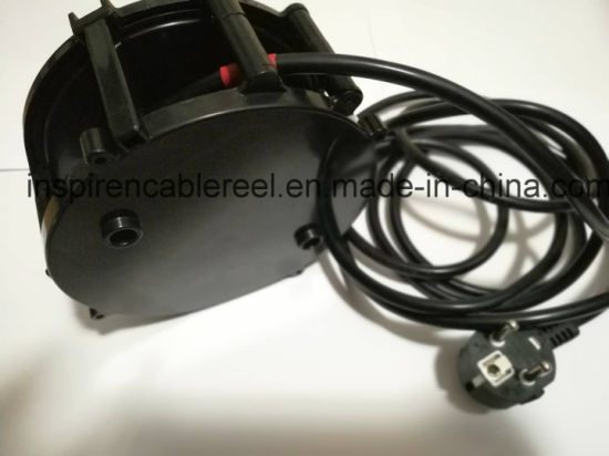 Compact Type Retractable Cable Reel 0824 pictures & photos