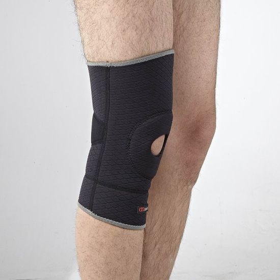 Eegantl Comfortable Neoprene Facric Knee Brace pictures & photos