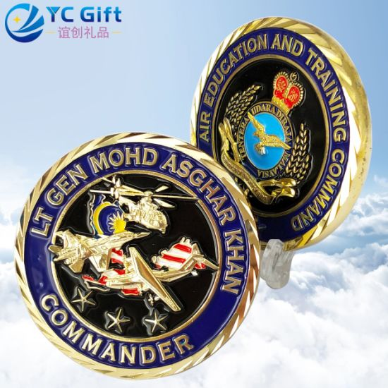 Custom Personalized Corporate Awards Gifts 3D Metal Art Crafts Plating Gold Kuwait Military Airplane Model Souvenir Coins Plastic Acrylic Box Promotional Coins