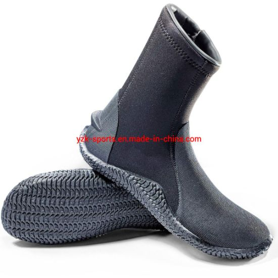 High Quality 4.5mm Neoprene Vulcanized Scuba Diving Hunting Boot pictures & photos