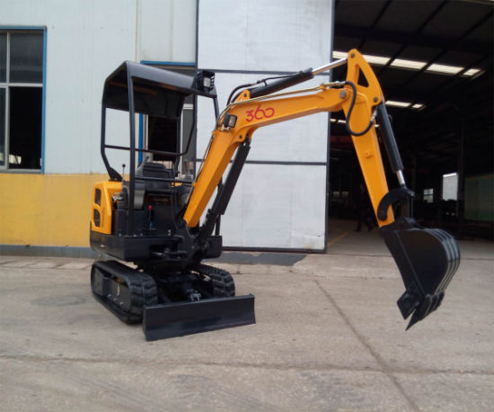 2016 2 Ton Cheap Mini Small Excavator Digger with Ce pictures & photos