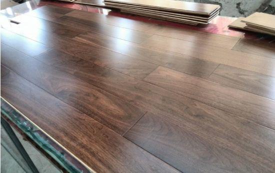China Under Heating Use American Walnut Engineered Wood Flooring