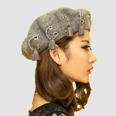 Factory Designed Wool Blended Eyelet Beanie   Cap pictures & photos