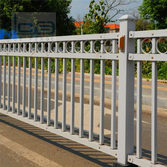 Good Quality Factory Directly Road Barrier/Steel Fence at Good Price