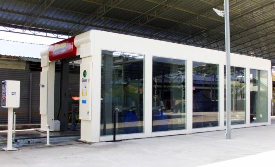 Automatic Tunnel Car Washing Machine for UAE Carwash Business pictures & photos
