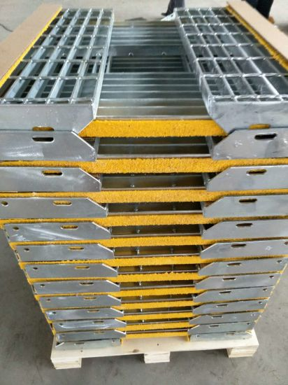 Tec-Sieve T6 Steel Safety Grating Stair Treads with Slip Resistant Nosings pictures & photos