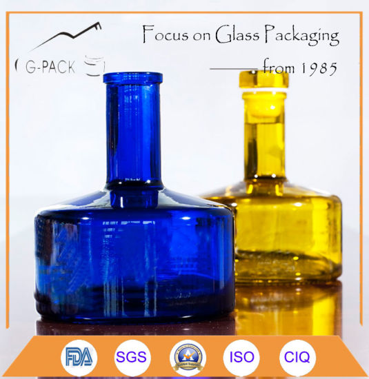 Premium-Quality Glass Bottle with Cap/Glass Liqueurs Bottle pictures & photos