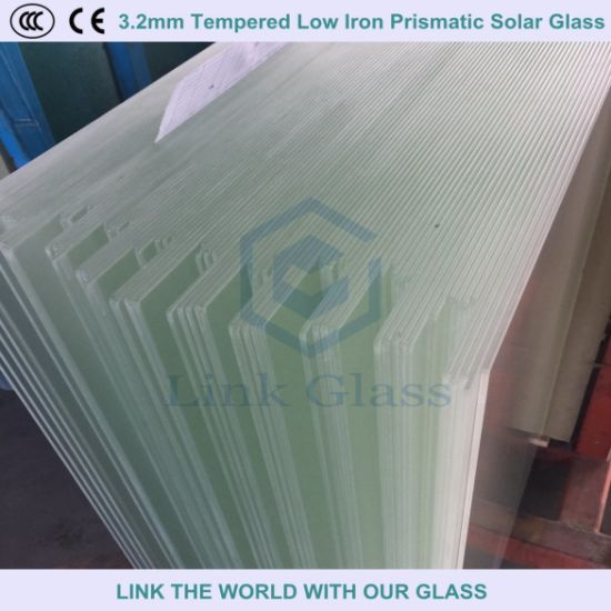 3.2mm 4.0mm Tempered Low Iron Ar Coated Solar Glass for Solar Panel pictures & photos