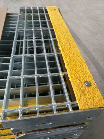 Tec-Sieve T6 Steel Safety Grating Stair Treads with Slip Resistant Nosings