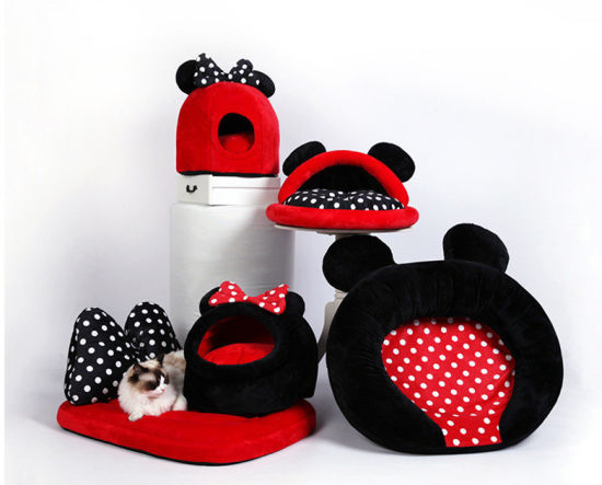 Pet Products Micky and Minnie Style Suede Surface Spongy Inside Warm Sleeping and Rest Bed Breathable Cushion Supply