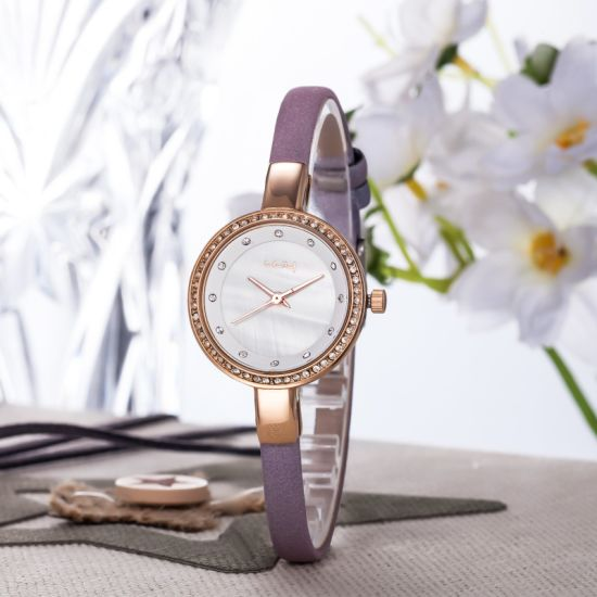 Fashion Slim Diamond Stone Shell Dial Quartz Ladies Watches Wy-075