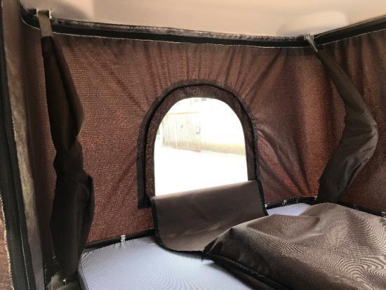 Fiberglass Car Roof Top Tent / Hard Car Roof Top Tent