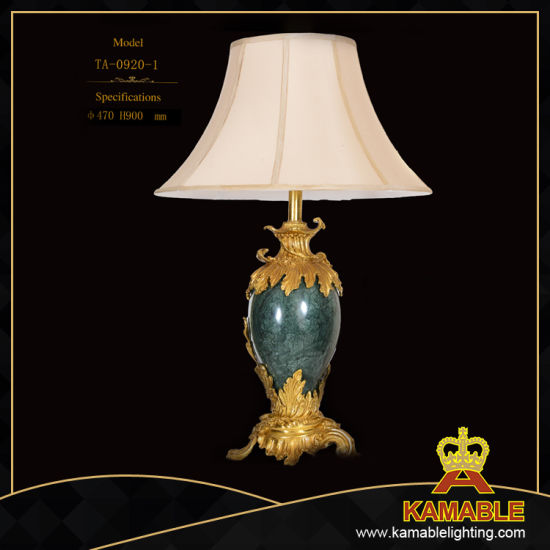 Traditional Hotel Guest Room Decoration Ceramic Table Lamp (TA-0920-1)