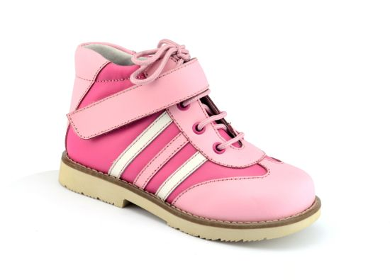 Chidren Support Shoes with Reinforced Toe Box to Resist Scuffing pictures & photos
