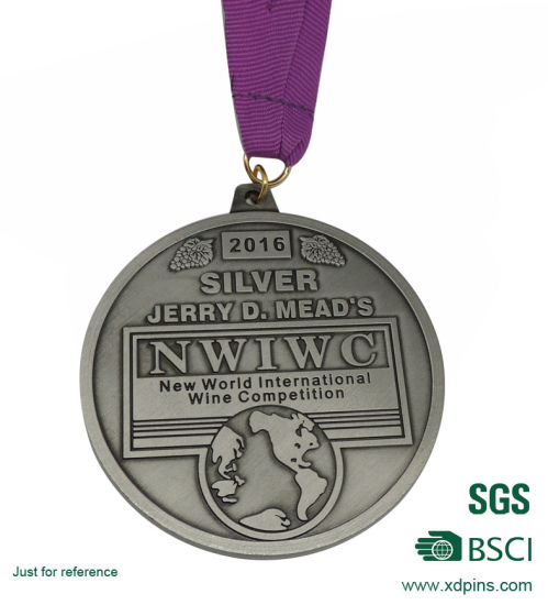 Metal Silver 3D Sports Medal with Customized Design pictures & photos