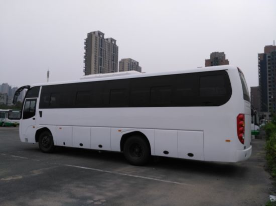 11.4m Tourist Bus with 47-55 Seats LHD/Rhd Coach for Sale pictures & photos