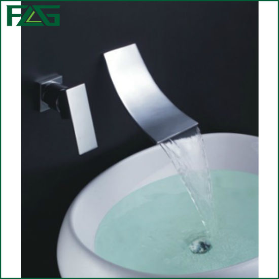 China Flg Wall Mounted Bathroom Waterfall Faucet Brass Chrome Basin