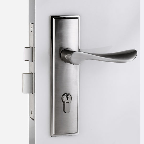 China Chrome Door Hardware Interior Door Lock With Wave Handle