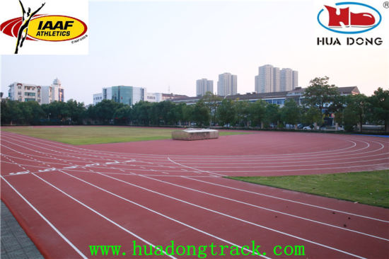 Vulcanizing Surface Prafabricated Rubber Running Track pictures & photos