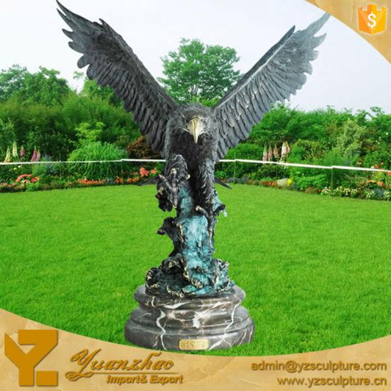 Merveilleux Large Outdoor Metal Casting Bronze Eagle Sculpture For Garden Decor