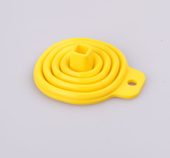 Easy Carry Eco-Friendly Folding Silicone Funnel