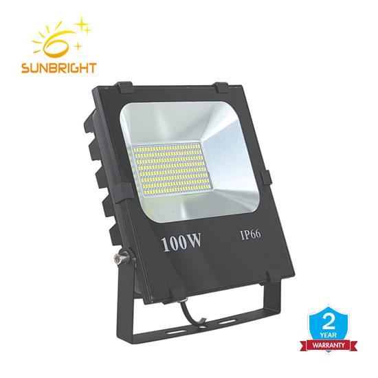 China Factory 30W LED Flood Light Outdoor IP66 Waterproof for Garage, Garden, Yard