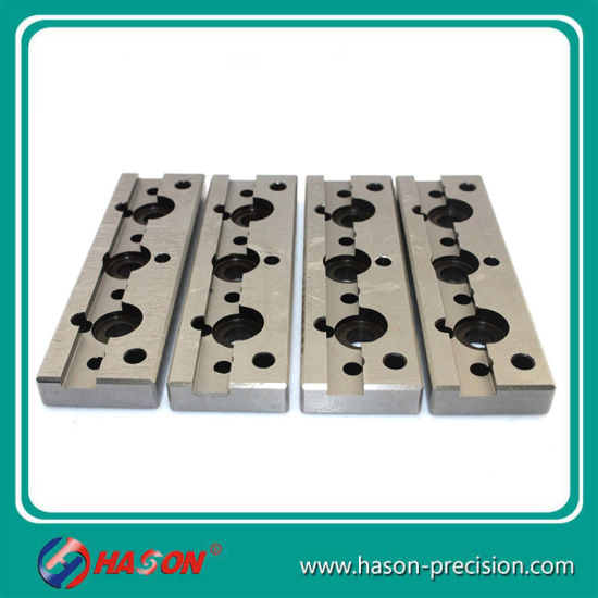 China Manufacturers Stamping Plate with Hole Sheet Stamping Dies pictures & photos