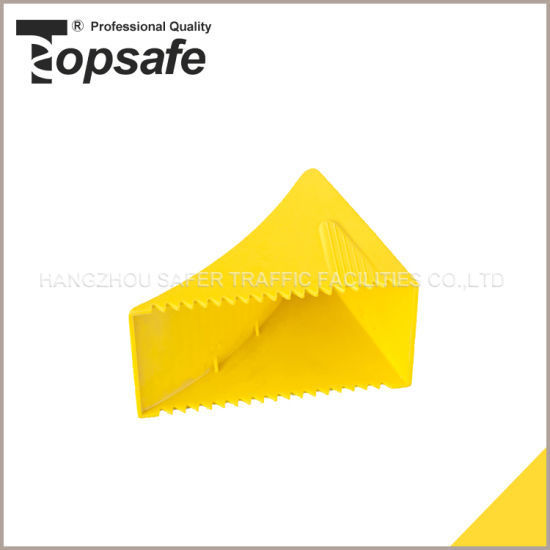 Yellow Plastic Wheel Chock Safety Products (S-1523) pictures & photos