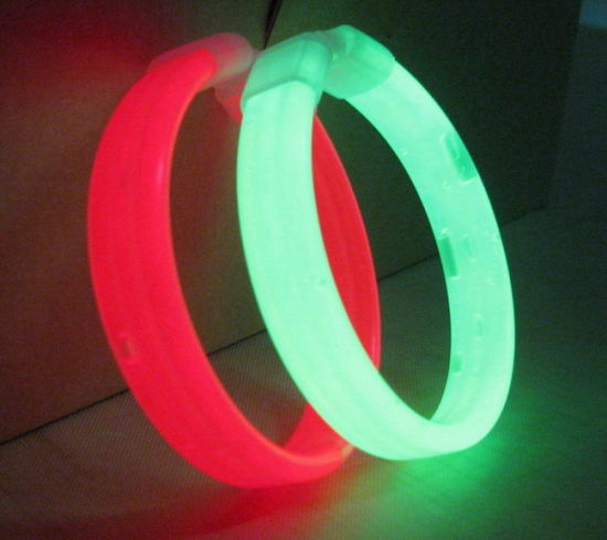 OEM Design Party Bracelet Flashing Novelty Light pictures & photos