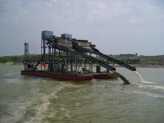 Iron Sand Pumping & Separating Dredging Vessel for Sea Sand Mining pictures & photos