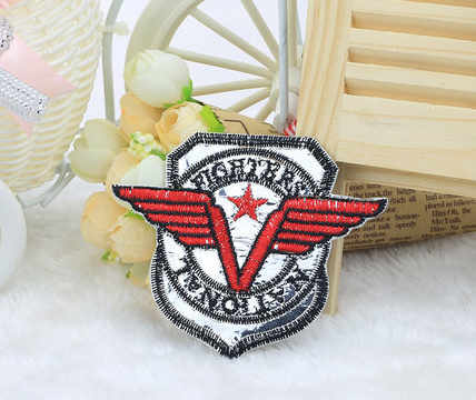 Fashion Badge Embroidery Patches Clothing Accessories Embroidered Patch Bags Garment Accessories