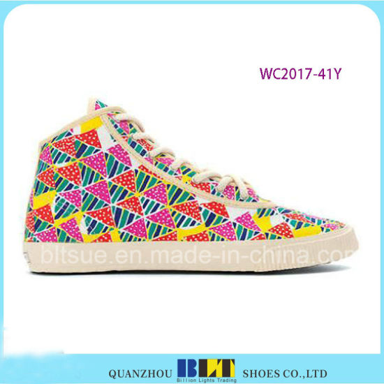 Classic High Top Leisure Shoes with West Diamonds pictures & photos