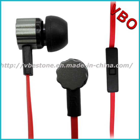 2015 Hot Sale High End Quality Mobile Phone Metal Earphone with Good Sound pictures & photos
