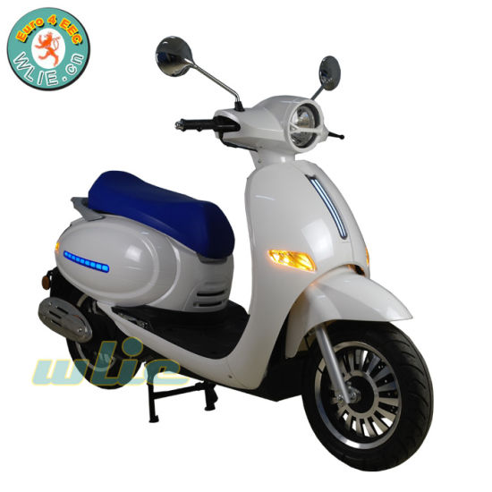 Hot New Product Popular Model Gasoline Scooter Swanx 50 (Euro 4) for Sale