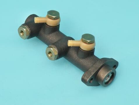 High Quality Foton Bj1028 Bj1036 Auto Truck Parts Brake Master Cylinder