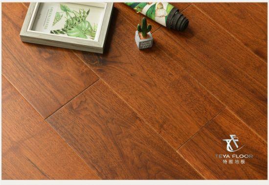 China Ameircan Walnut Engineered Wood Flooring Flat Surface Dark